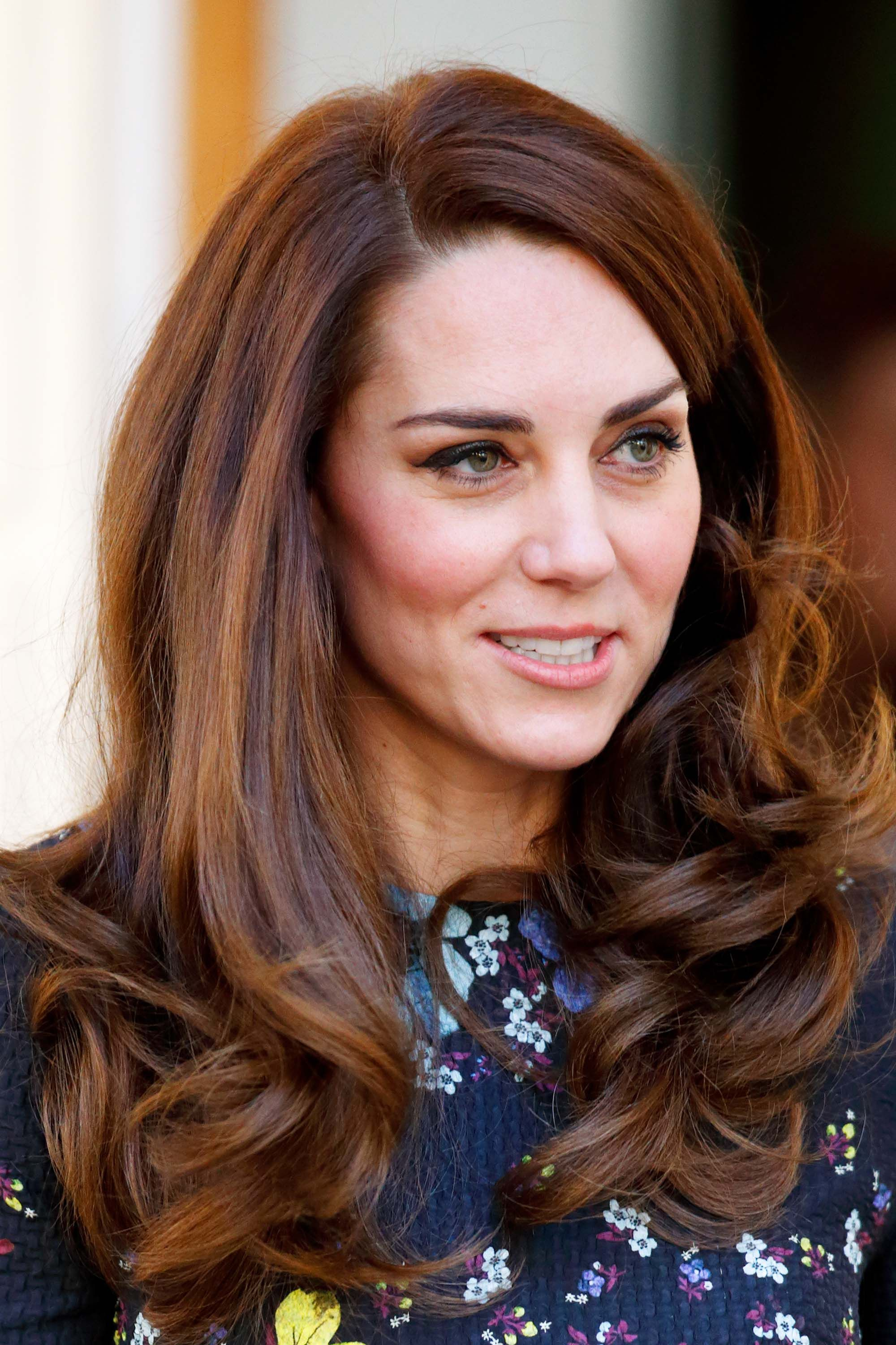 Kate Middleton\u0027s 37 Best Hair Looks , Our Favorite Princess Kate Hairstyles