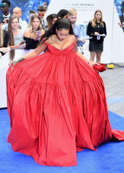 Rihanna Wears Red Giambattista Valli Gown to Valerian London ...