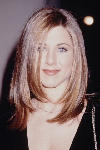 Jennifer Aniston S Best Hairstyles Of All Time 50 Jennifer Aniston Hair Cuts And Colors