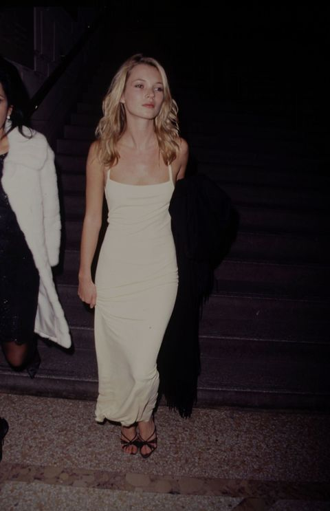 <p>In 1990, Moss wears the simple style in a pale yellow at the 1995 Met&nbsp&#x3B;Gala. </p>
