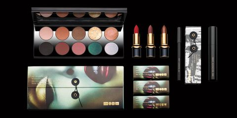 Eye shadow, Beauty, Eye, Product, Cosmetics, Organ, Eye liner, Material property, Collection, Tints and shades,