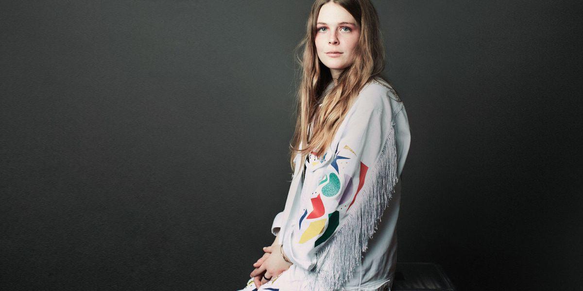 Maggie Rogers Interview - From Elle Intern To Viral Pop Sensation-6246