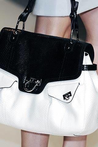 Salvatore Ferragamo Spring 2007 Ready&#45&#x3B;to&#45&#x3B;wear Detail 0002