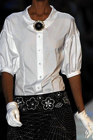 Moschino Spring 2007 Ready-to-wear Detail 0003