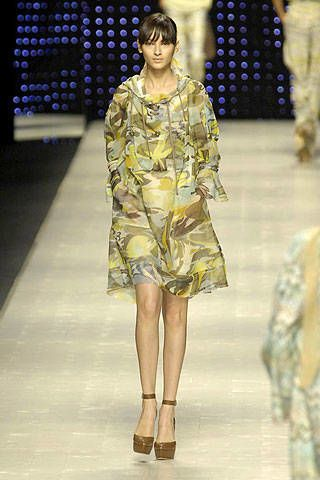 Missoni Spring 2007 Ready&#45&#x3B;to&#45&#x3B;wear Collections 0003