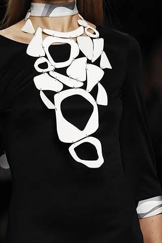 Emilio Pucci Spring 2007 Ready-to-wear Detail 0002