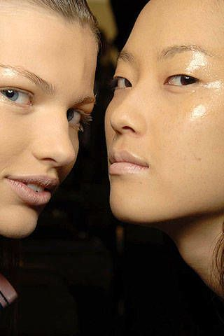 Max Mara Spring 2007 Ready-to-wear Backstage 0002