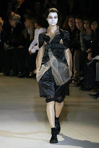 Comme Des Garcons Spring 2007 Ready-to-wear Collections 0002