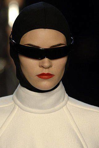 Jean Paul Gaultier Spring 2007 Ready-to-wear Detail 0003