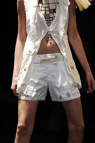 Clothing, Textile, Human leg, White, Denim, Style, Shorts, Thigh, Fashion, Black,