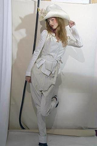 Vivienne Westwood Spring 2007 Ready-to-wear Backstage 0002
