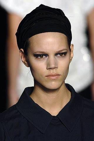Dries Van Noten Spring 2007 Ready-to-wear Detail 0002