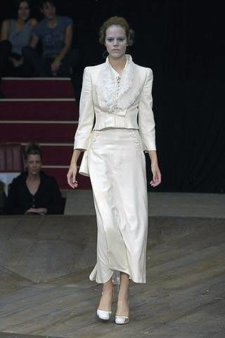 Alexander McQueen Spring 2007 Ready&#45&#x3B;to&#45&#x3B;wear Collections 0002