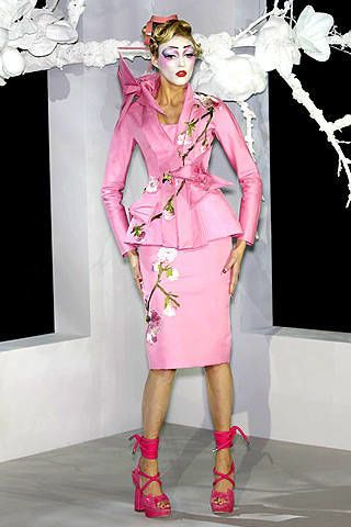 Christian Dior Spring 2007 Haute Couture Collections - 002