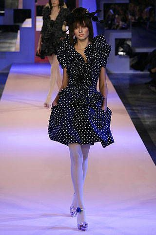 Christian Lacroix Spring 2007 Haute Couture Collections - 002