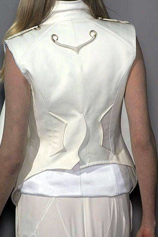 Givenchy Spring 2007 Haute Couture Detail - 002