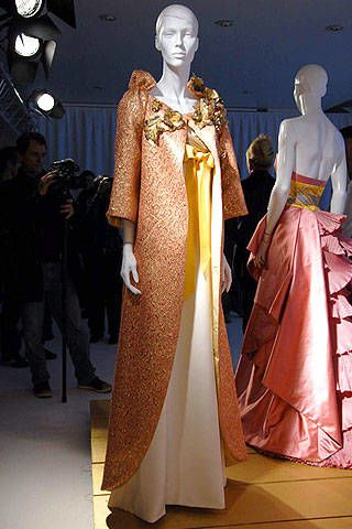 Carven Spring 2007 Haute Couture Collections - 003