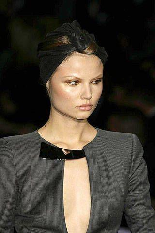 Giorgio Armani PrivÃ{{{copy}}} Spring 2007 Haute Couture Detail - 003