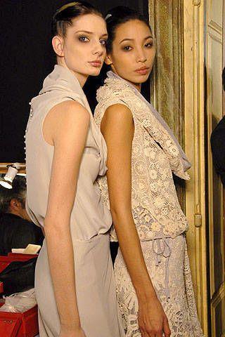 Maurizio Galante Spring 2007 Haute Couture Backstage - 002