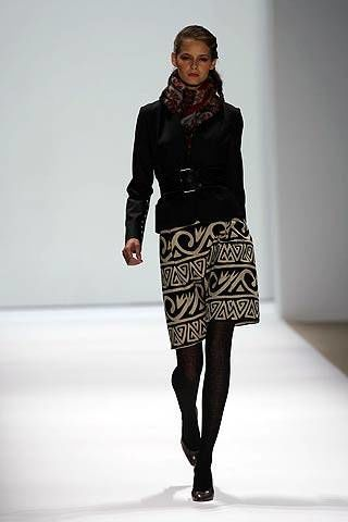 Nicole Miller Fall 2007 Ready-to-wear Collections - 002