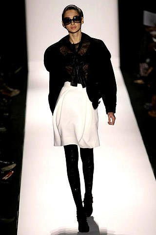 Carolina Herrera Fall 2007 Ready-to-wear Collections - 002