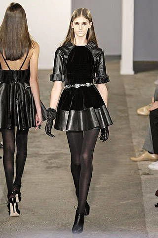 Christopher Kane Fall 2007 Ready-to-wear Collections - 002