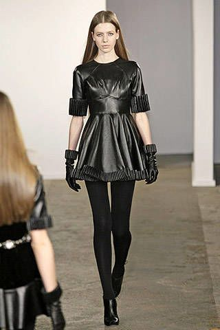 Christopher Kane Fall 2007 Ready-to-wear Collections - 003
