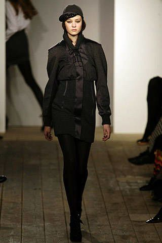 Richard Nicoll Fall 2007 Ready-to-wear Collections - 003