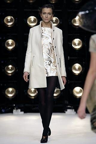 Clothing, Sleeve, Shoulder, Fashion show, Joint, Outerwear, Fashion model, Style, Runway, Collar,