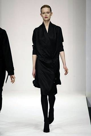 Hamish Morrow Fall 2007 Ready&#45&#x3B;to&#45&#x3B;wear Collections &#45&#x3B; 002