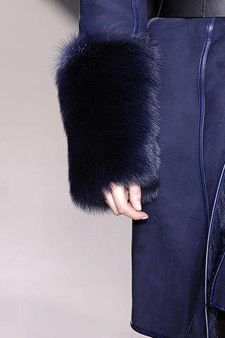Amanda Wakeley Fall 2007 Ready-to-wear Detail - 002