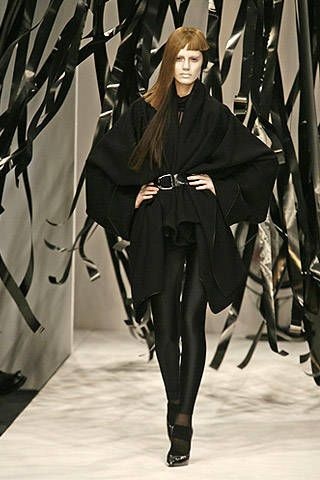 Gareth Pugh Fall 2007 Ready-to-wear Collections - 002