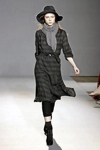 Nicole Farhi Fall 2007 Ready-to-wear Collections - 002