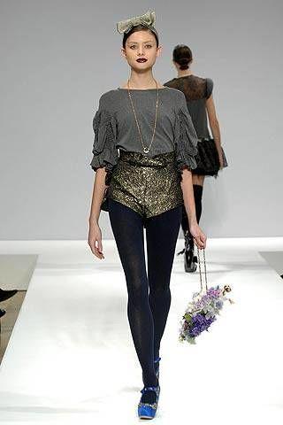 Tata Naka Fall 2007 Ready&#45&#x3B;to&#45&#x3B;wear Collections &#45&#x3B; 002