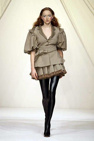Bora Aksu Fall 2007 Ready-to-wear Collections - 002