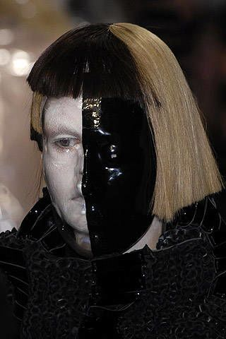 Gareth Pugh Fall 2007 Ready-to-wear Detail - 002