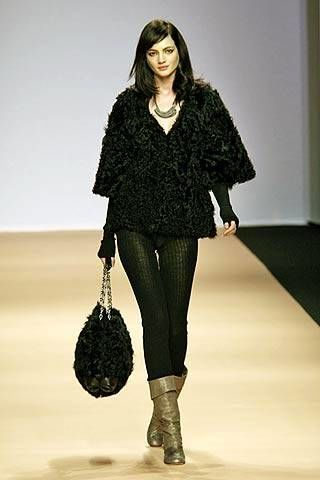 Kristina Ti Fall 2007 Ready-to-wear Collections - 003