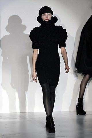 6267 Fall 2007 Ready-to-wear Collections - 003