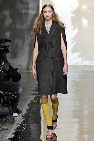Prada Fall 2007 Ready-to-wear Collections - 002