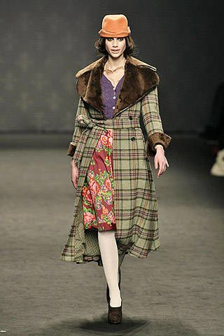 Romeo Gigli Fall 2007 Ready-to-wear Collections - 003
