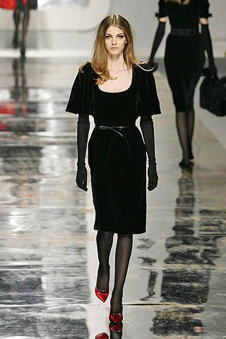 Blumarine Fall 2007 Ready-to-wear Collections - 003