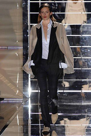 Gianfranco Ferre Fall 2007 Ready-to-wear Collections - 003