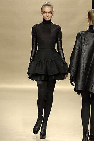Dice Kayek Fall 2007 Ready&#45&#x3B;to&#45&#x3B;wear Collections &#45&#x3B; 003