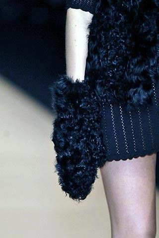 Kristina Ti Fall 2007 Ready-to-wear Detail - 002