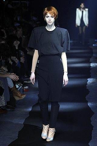 Maison Martin Margiela Fall 2007 Ready-to-wear Collections - 002