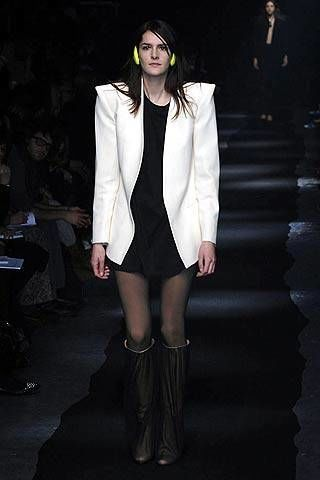 Maison Martin Margiela Fall 2007 Ready-to-wear Collections - 003
