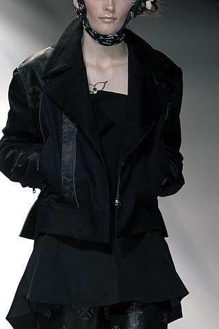 Yohji Yamamoto Fall 2007 Ready-to-wear Detail - 002