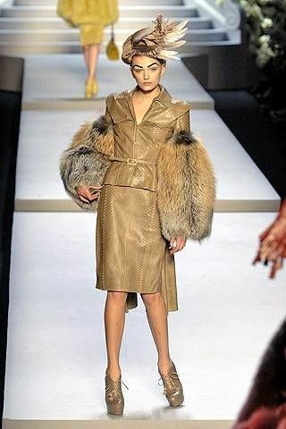 Christian Dior Fall 2007 Ready-to-wear Collections - 002