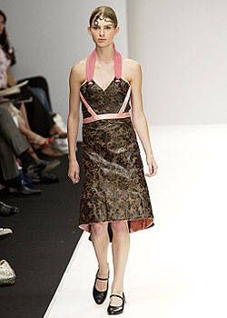 Russell Sage Spring 2003 Ready-to-Wear Collection 0001