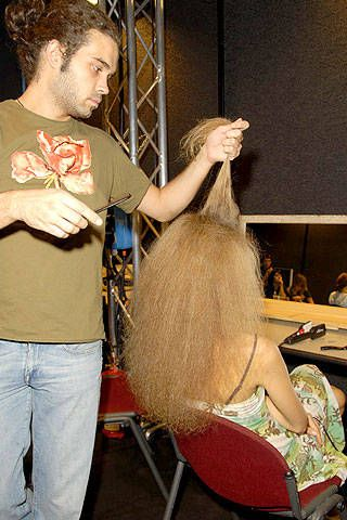 Roberto Musso Spring 2007 Ready-to-wear Backstage 0001